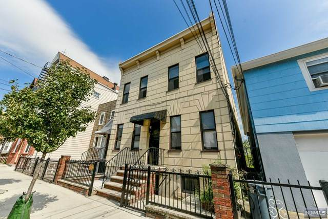 512 21st Street, Union City, NJ 07087 (MLS #21023915) :: The Sikora Group