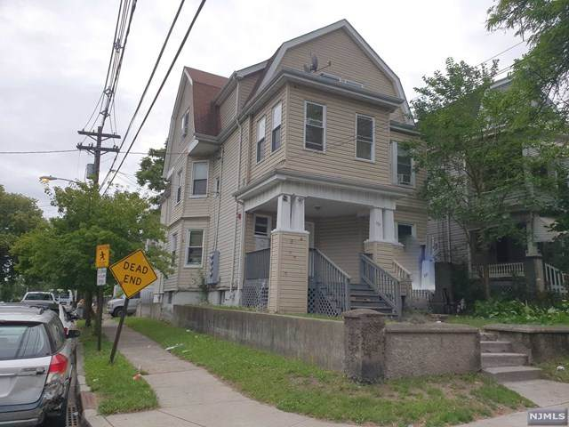 137-139 Graham Avenue, Paterson, NJ 07508 (MLS #21023935) :: The Sikora Group