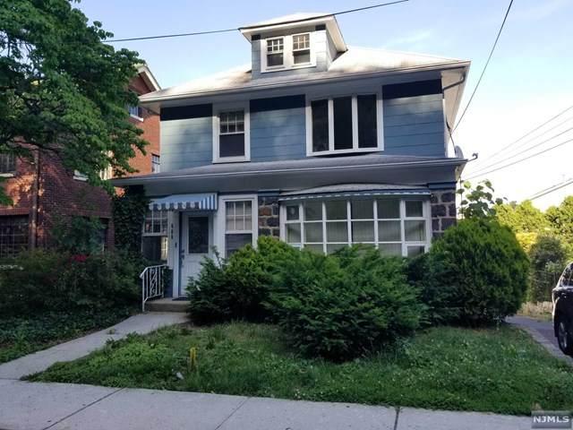 689 Undercliff Avenue, Edgewater, NJ 07020 (MLS #21023997) :: Team Francesco/Christie's International Real Estate