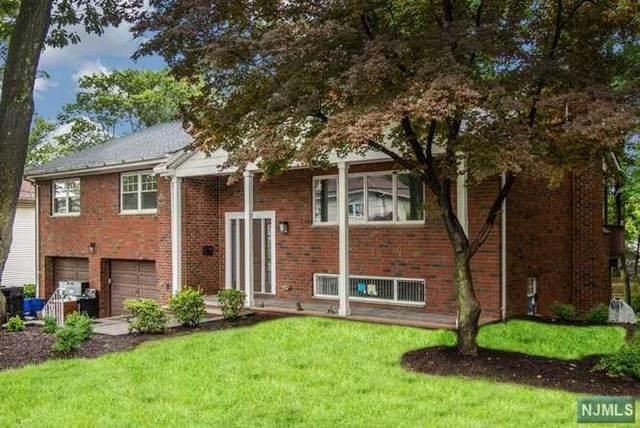 39 Hickory Street, Englewood Cliffs, NJ 07632 (MLS #21024051) :: RE/MAX RoNIN