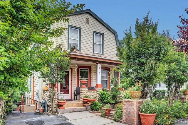 338 Summer Street, Clifton, NJ 07011 (MLS #21024072) :: The Dekanski Home Selling Team
