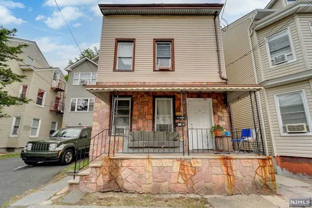 74 Arch Street, Paterson, NJ 07522 (MLS #21024147) :: The Sikora Group