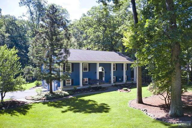 2 Leigh Court, Allendale, NJ 07401 (#21024208) :: United Real Estate