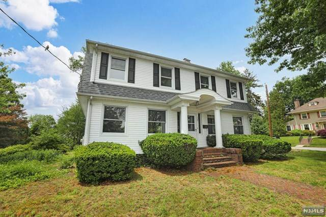 785 Summit Avenue, River Edge, NJ 07661 (MLS #21024214) :: The Dekanski Home Selling Team