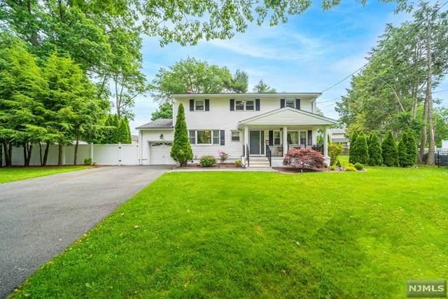 622 Mazur Avenue, Paramus, NJ 07652 (#21024306) :: United Real Estate