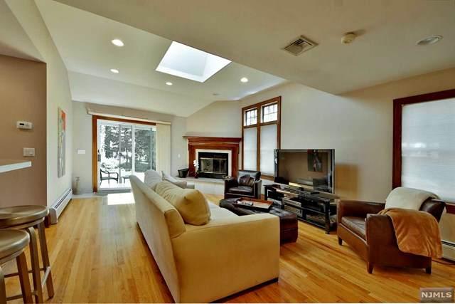10 Spruce Street, Tenafly, NJ 07670 (MLS #21024348) :: Corcoran Baer & McIntosh