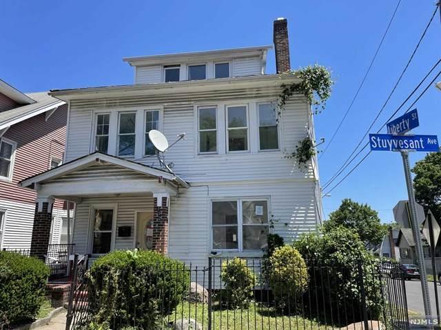 432 Stuyvesant Avenue, Irvington, NJ 07111 (MLS #21024373) :: Kiliszek Real Estate Experts