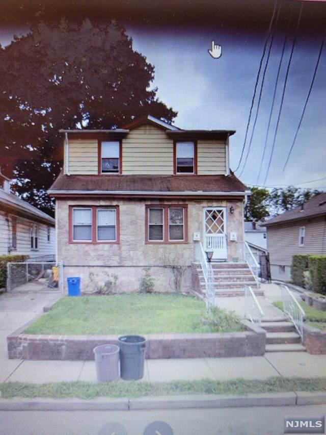 262 Tom Hunter Road, Fort Lee, NJ 07024 (MLS #21024382) :: Team Francesco/Christie's International Real Estate