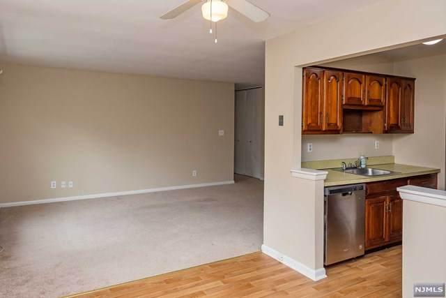 100 Pierson Miller Drive #29, Pompton Lakes, NJ 07442 (MLS #21024402) :: RE/MAX RoNIN