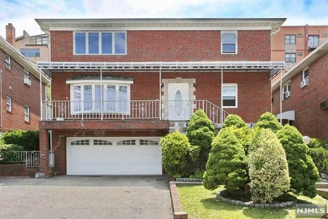 210 11th Street, Palisades Park, NJ 07650 (MLS #21024415) :: Team Francesco/Christie's International Real Estate