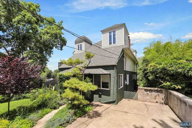 125 Chestnut Street, Leonia, NJ 07605 (#21024416) :: United Real Estate