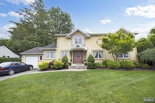 124 Crain Road, Paramus, NJ 07652 (#21024461) :: United Real Estate