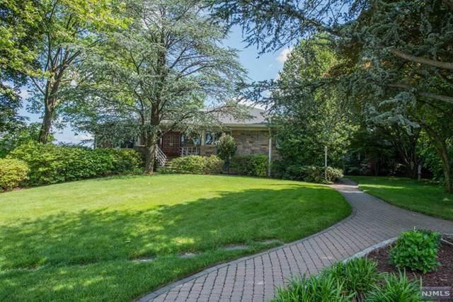 311 E Edsall Boulevard, Palisades Park, NJ 07650 (#21024480) :: United Real Estate