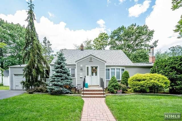 397 Pleasant Avenue, New Milford, NJ 07646 (MLS #21024487) :: The Dekanski Home Selling Team
