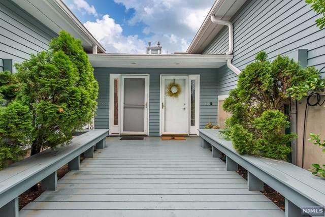 52 Skyview Terrace, Clifton, NJ 07013 (#21024518) :: United Real Estate
