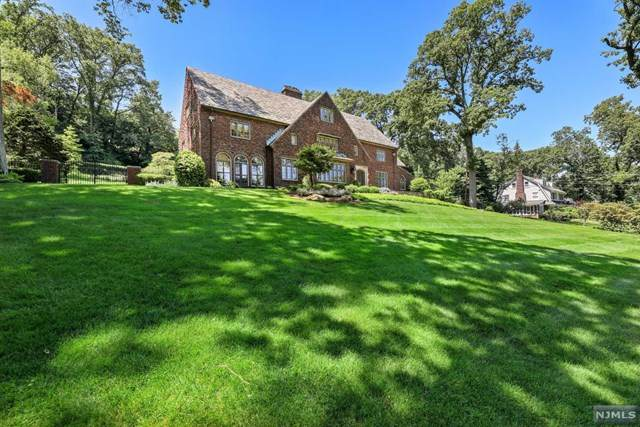 120 Highland Avenue, Montclair, NJ 07042 (#21024521) :: United Real Estate