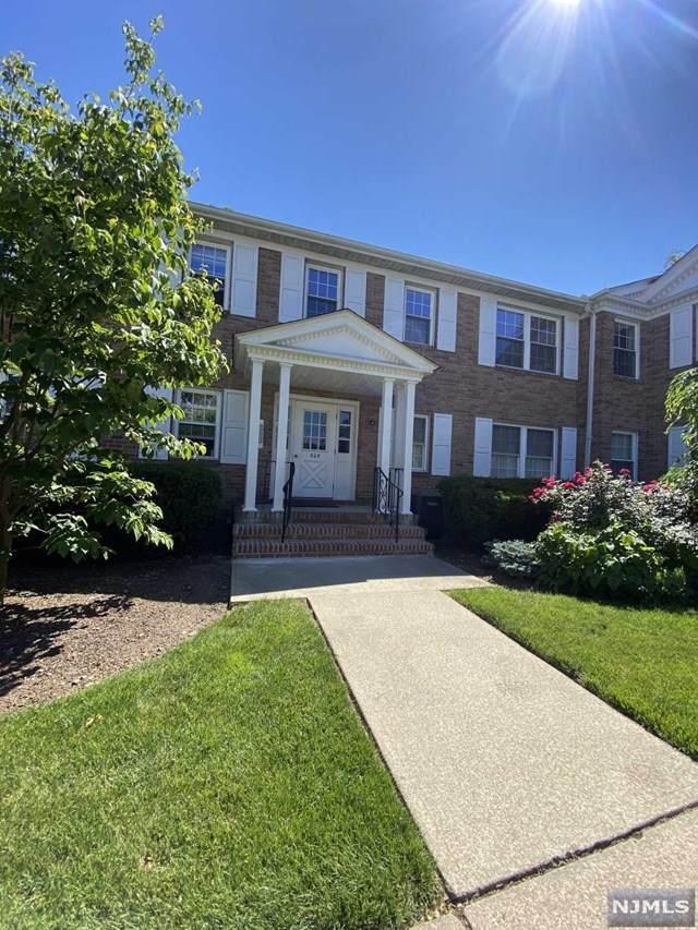 364 E Ridgewood Avenue #7, Ridgewood, NJ 07450 (#21024603) :: United Real Estate