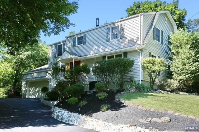 172 Linda Vista Avenue, North Haledon, NJ 07508 (#21024622) :: United Real Estate