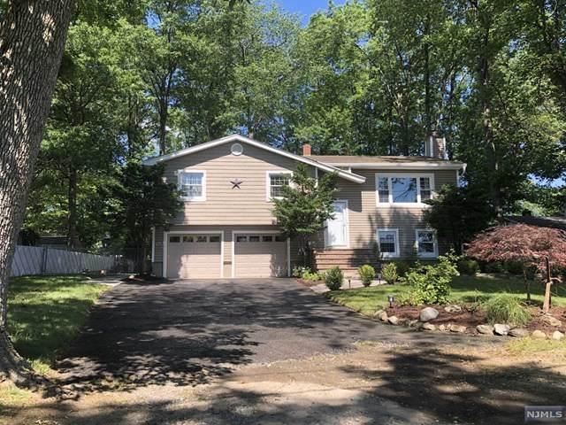 1105 Steuben Avenue, New Milford, NJ 07646 (MLS #21024652) :: The Dekanski Home Selling Team