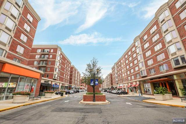 1207 City Place, Edgewater, NJ 07020 (MLS #21024700) :: RE/MAX RoNIN