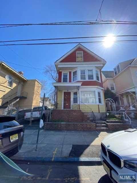 765 E 26th Street, Paterson, NJ 07504 (MLS #21024718) :: Provident Legacy Real Estate Services, LLC