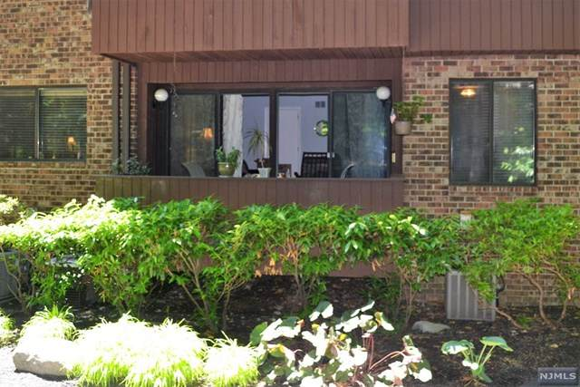 136 Indian Hollow Court, Mahwah, NJ 07430 (MLS #21024757) :: RE/MAX RoNIN