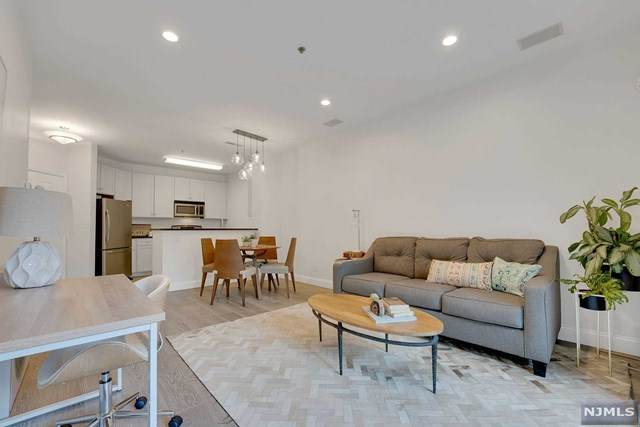 26 Ave At Port Imperial #327, West New York, NJ 07093 (#21024835) :: United Real Estate