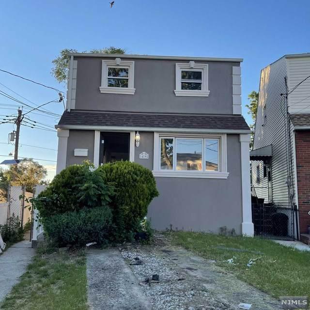 49 Suburbia Court, Jersey City, NJ 07305 (#21024837) :: United Real Estate