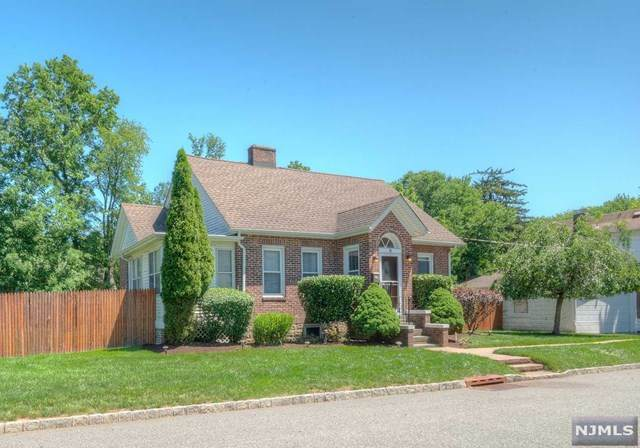 10 Swan Road, Livingston, NJ 07039 (MLS #21024960) :: Corcoran Baer & McIntosh