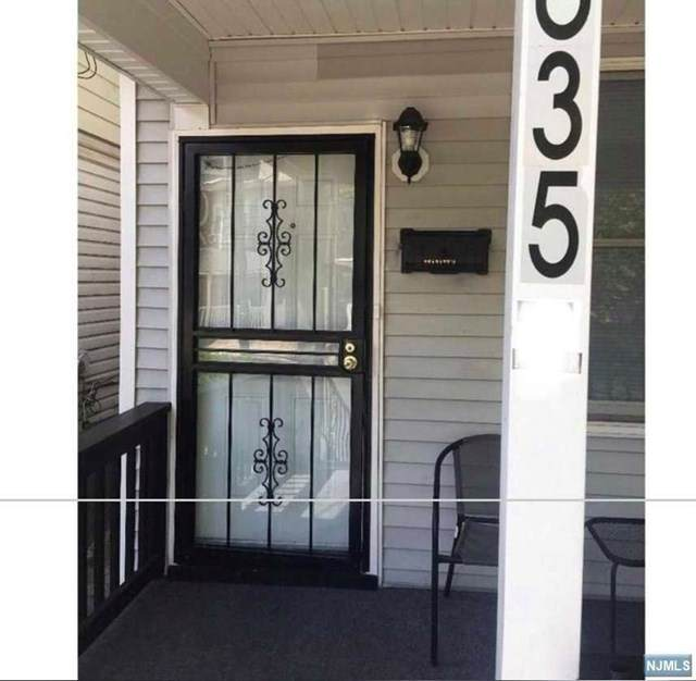 635 Martin Luther King J Boulevard, Trenton, NJ 08618 (MLS #21025027) :: Provident Legacy Real Estate Services, LLC