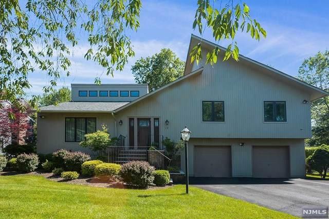 12 Boulderwood Drive, Livingston, NJ 07039 (MLS #21025240) :: Corcoran Baer & McIntosh