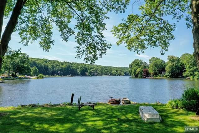 231 Cupsaw Drive, Ringwood, NJ 07456 (MLS #21025274) :: Team Francesco/Christie's International Real Estate
