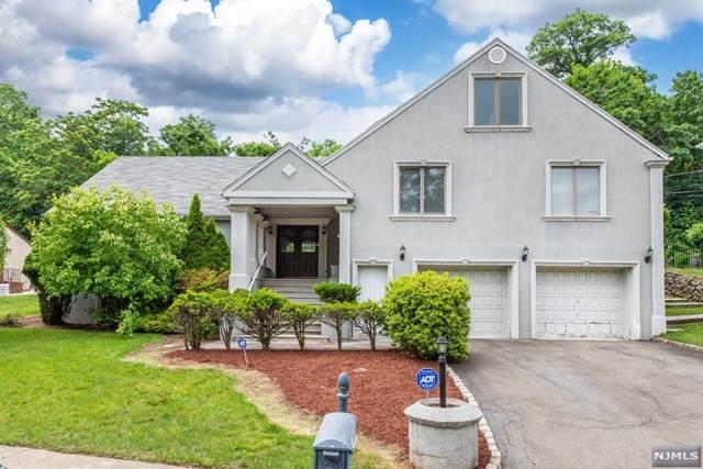 28 Columbus Avenue, Totowa, NJ 07512 (MLS #21025281) :: Team Francesco/Christie's International Real Estate