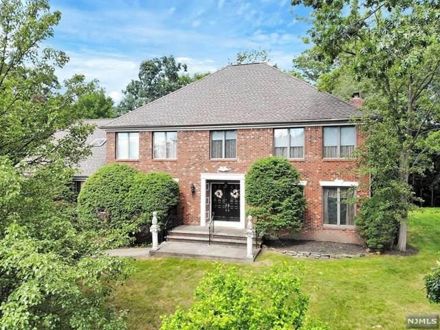 60 Ivy Place, Wayne, NJ 07470 (MLS #21025303) :: Team Francesco/Christie's International Real Estate