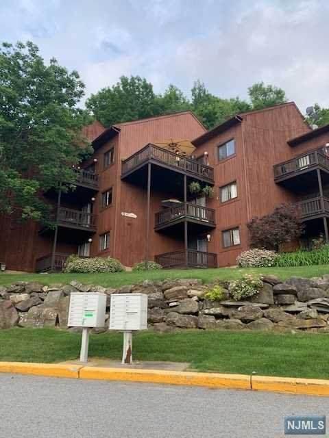 5 Red Lodge Drive, Vernon, NJ 07462 (MLS #21025328) :: Howard Hanna Rand Realty
