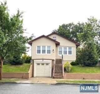 110 Forest Avenue, Lyndhurst, NJ 07071 (MLS #21025335) :: Corcoran Baer & McIntosh
