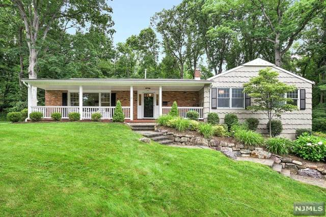 19 Ronarm Drive, Mountain Lakes Boro, NJ 07046 (MLS #21025361) :: Corcoran Baer & McIntosh