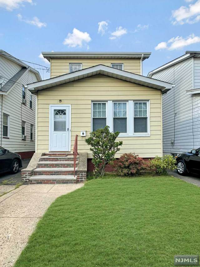 14 Lentz Place, Irvington, NJ 07111 (MLS #21025393) :: Team Francesco/Christie's International Real Estate