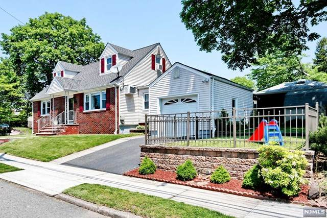 12-81 Burbank Street, Fair Lawn, NJ 07410 (MLS #21025560) :: Team Francesco/Christie's International Real Estate