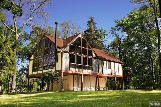 14 Westview Road, Wayne, NJ 07470 (MLS #21025567) :: Team Francesco/Christie's International Real Estate