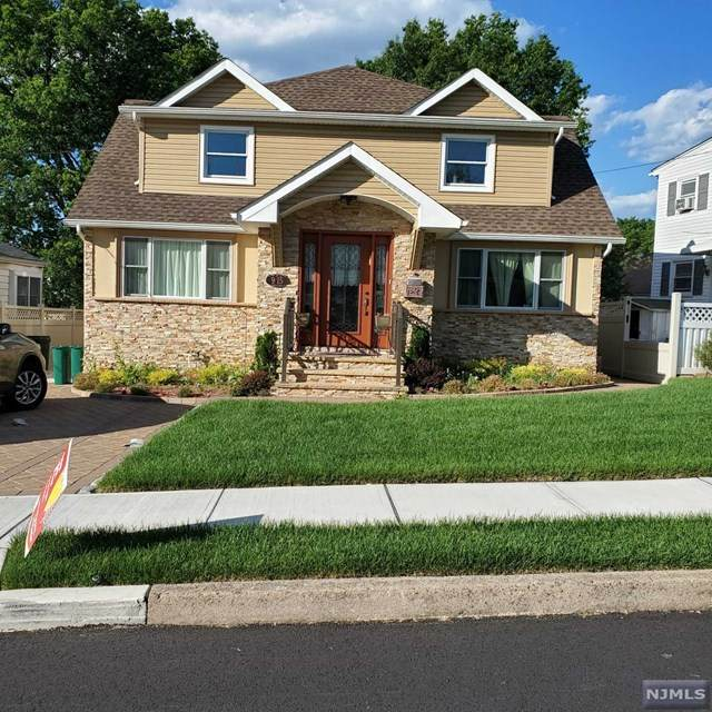 9-15 Mansfield Drive, Fair Lawn, NJ 07410 (MLS #21025627) :: Team Francesco/Christie's International Real Estate
