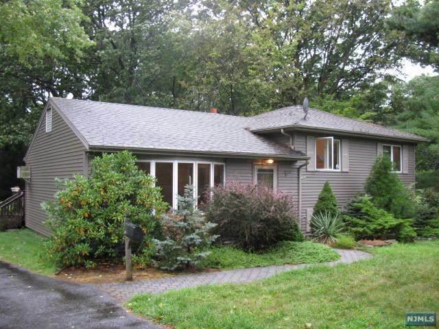 56 Riverview Drive, Harrington Park, NJ 07640 (MLS #21025647) :: Team Francesco/Christie's International Real Estate