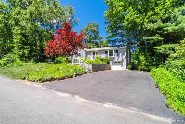 16 Doe Run, West Milford, NJ 07421 (MLS #21025673) :: Team Francesco/Christie's International Real Estate