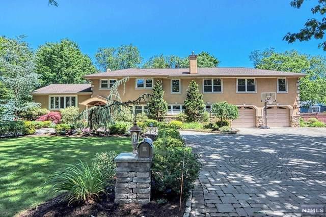 10 Fairfield Court, Twp Of Washington, NJ 07676 (MLS #21025684) :: Team Francesco/Christie's International Real Estate
