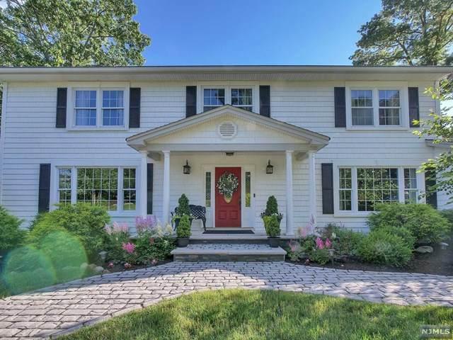 46 Gibbs Drive, Wayne, NJ 07470 (MLS #21025695) :: Team Francesco/Christie's International Real Estate