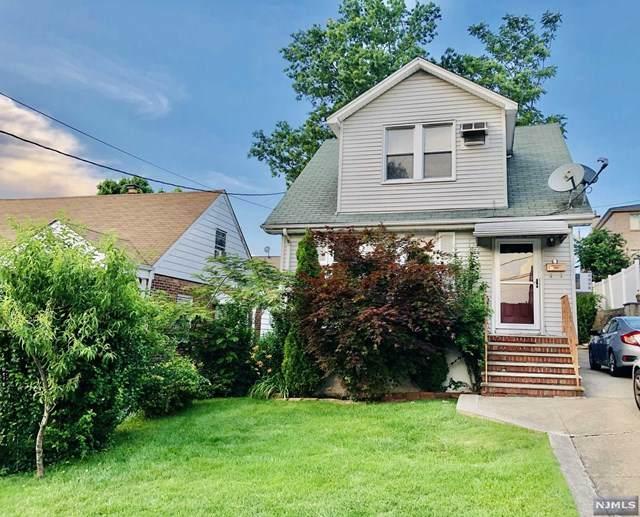 539 Hillcrest Avenue - Photo 1