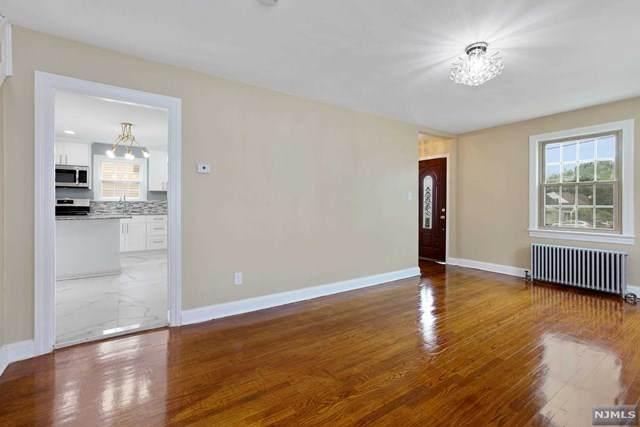 10 Cecelia Street, Sayreville, NJ 08872 (MLS #21025758) :: Team Francesco/Christie's International Real Estate