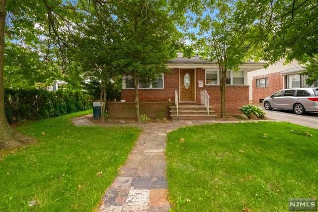 13-10 Fair Lawn Avenue, Fair Lawn, NJ 07410 (MLS #21025759) :: Team Francesco/Christie's International Real Estate