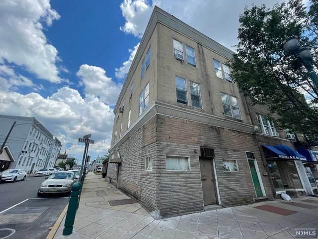 202 Kearny Avenue - Photo 1