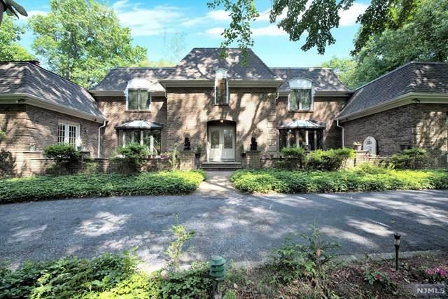 176 Chestnut Ridge Road, Saddle River, NJ 07458 (MLS #21026729) :: Kiliszek Real Estate Experts